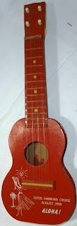 hawaiian tourist mini Ukulele